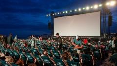На набережной озера Кабан начинаются показы фильмов