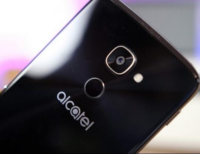 Alcatel анонсирует на MWC модульный смартфон
