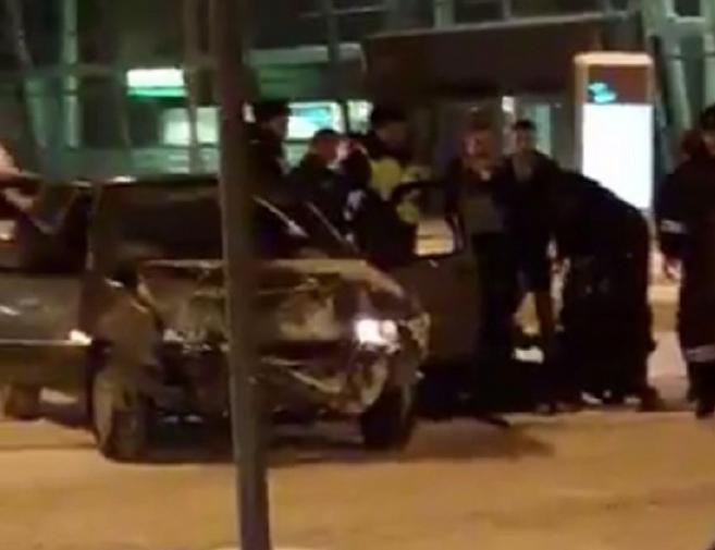 Новости  - В сети появилось видео погони за пьяным водителем в аэропорту Казани