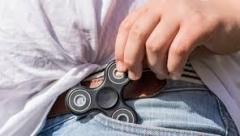 Новости  - Влияние спиннеров на здоровье и психику детей планирует проверить Роспотребнадзор