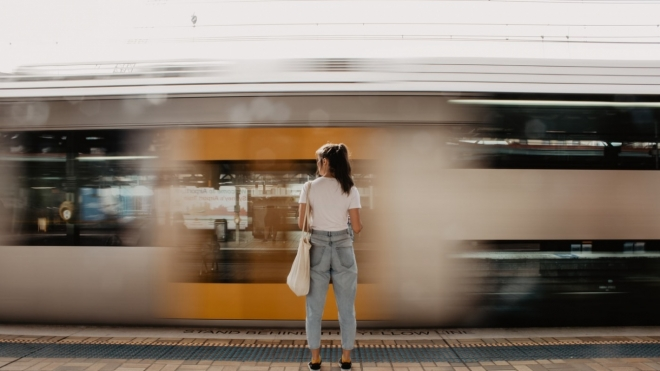 С завтрашнего дня возобновляется курсирование пригородных поездов