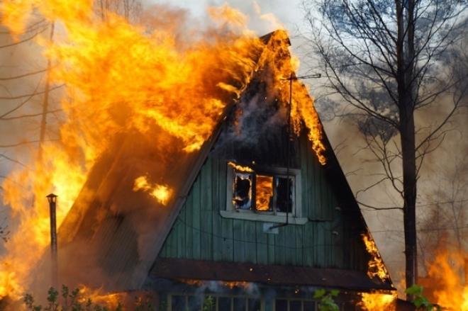 В Татарстане проводят проверку по гибели 11-месячного ребенка при пожаре на даче