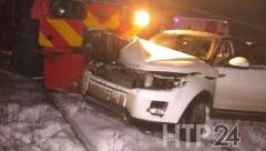 Новости  - В Татарстане на ж/д переезде поезд протаранил Range Rover