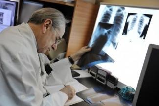 Единые электронные карты пациента начнут действовать с апреля 2014 года