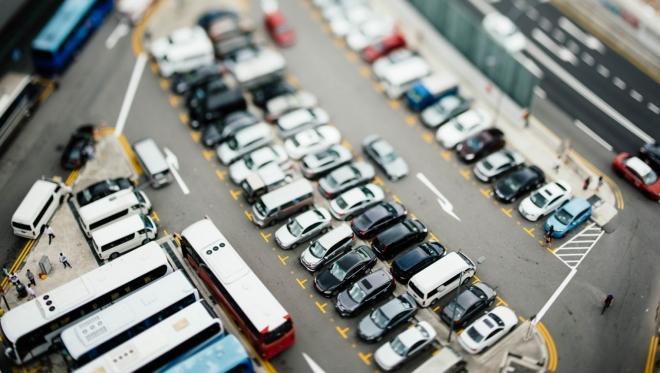 Новости  - Сокрытие автомобильного номера на парковках может лишить водительских прав