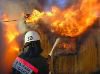 В Нурлате сгорели женщина с ребенком