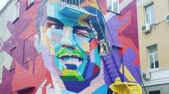 Новости  - Жители Казани смогут взглянуть на граффити с Криштиану Роналду лишь в июле