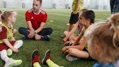 Новости  - В Казани начали проводить футбольные тренировки для девочек