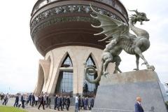 Новости  - УФАС признало незаконным объявленный задним числом тендер на скульптуры зилантов и барсов