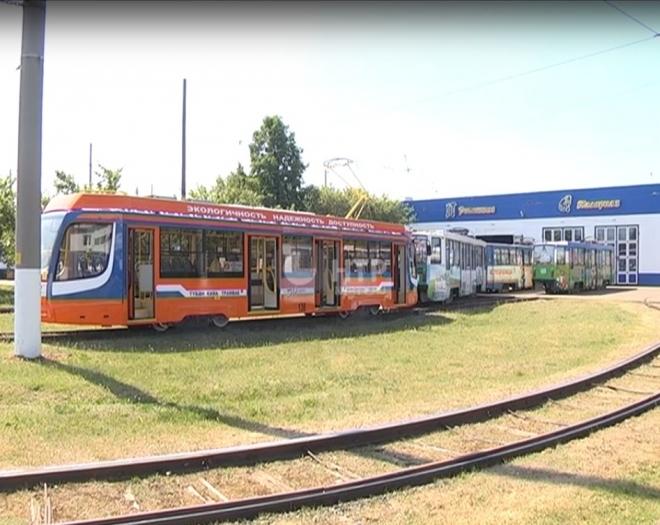 В Нижнекамске вандалы «разворотили» новый трамвай