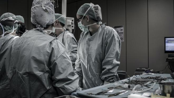 За последние сутки зарегистрировано 9 200 новых случаев заражения COVID-19