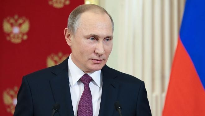 В России стартовал сбор подписей за кандидатуру действующего президента