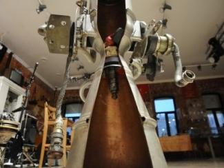 В Казань привезли настоящий двигатель космического корабля