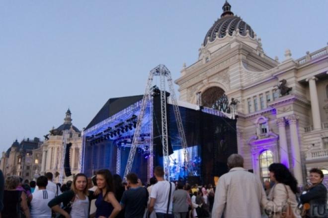 Цирк дю Солей покажет в Казани уличные шоу
