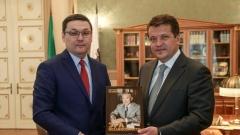Новости  - Метшин встретился с консулом Казахстана