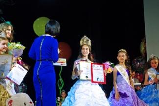 Маленькой «Мисс Вселенная» стала 11–летняя Сабира Китаева из Казани