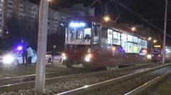 Новости  - Мужчина в Казани попал под трамвай и остался жив