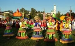 Новости  - В Елабуге  торжественно открылась VI Всероссийская Спасская ярмарка.