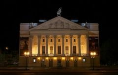 Новости  - На сцене театра Джалиля возведут императорский дворец с фонтанами