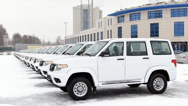 Десятки новых автомобилей получили районные больницы Татарстана