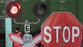 Татарстанские водители продолжают нарушать на железнодорожных переездах