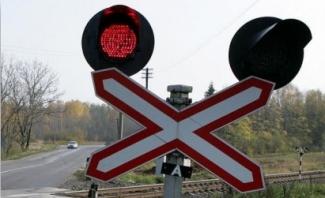 В Татарстане «КАМАЗ» въехал в рельсовый автобус