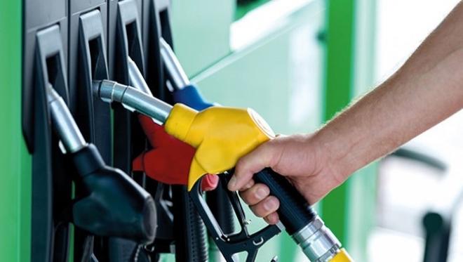 Россия вошла в топ по дешевизне бензина среди европейских стран