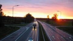 В Госдуму поступило предложение увеличить разрешенную скорость на трассах