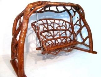Казанцев приглашают на выставку эксклюзивной мебели из корней и ветвей березы