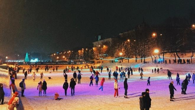 """В парке """"Черное озеро"""" каток будет открыт с 14 декабря"""