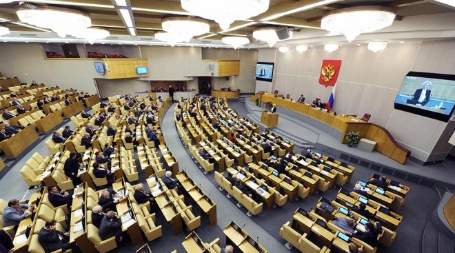 Власти рассматривают законопроект об обязательном трудоустройстве выпускников ВУЗов