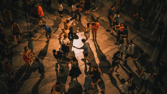 «Танцплощадка»: в парке «Крылья Советов» запускают новый бесплатный танцевальный проект