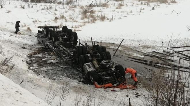 Новости  - На автодороге Альметьевск – Лениногорск произошло серьезное ДТП