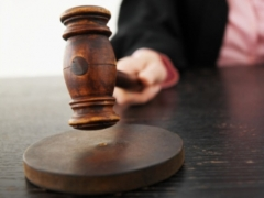 Новости  - Вдова кандидата в спецназ УФСИН через суд получила компенсацию за смерть мужа всего в 100 000 рублей