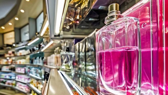 Горячая линия по качеству и безопасности парфюмерно-косметической продукции заработала в Татарстане