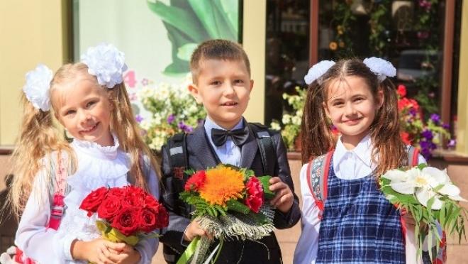 Новости  - 50 тысяч подарков закупит Министерство образования РТ для первоклассников