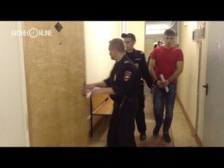 Зеленодольский инкассатор Игорь Богаченко заявил, что часть невозмещенных Сбербанку денег находится у полиции