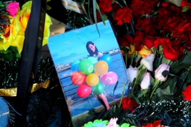 Семьи 46 погибших при крушении Боинга в Казани получили по 1 млн рублей