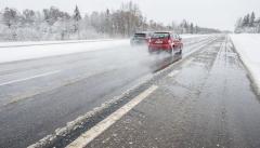 Новости  - Зима все не уходит: 16 марта сильный снег и гололедица