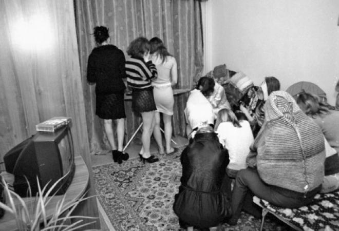 transvestiti-na-noch-obyavleniya