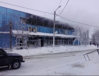 В Чистополе при пожаре в ЦУМе почти всех животных выездного зоопарка спасли сотрудники магазинов