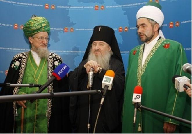 Мусульмане Татарстана пожертвовали 200 тысяч рублей на восстановление сожжённых церквей