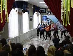Новости  - Нижнекамские чиновники 8 Марта станцевали зажигательные танцы перед коллегами