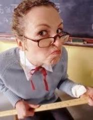 Новости  - В Госдуме хотят ввести школьную форму для учителей