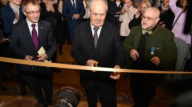 Минтимер Шаймиев принял участие в открытии музея в театре им. В.И. Качалова