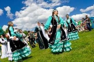 Минниханов подписал указ о датах празднования Сабантуя в Татарстане