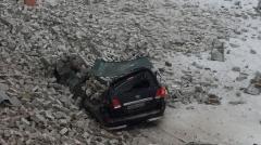 Новости Происшествия - Стена авиазавода в Авиастроительном районе обрушилась на два автомобиля