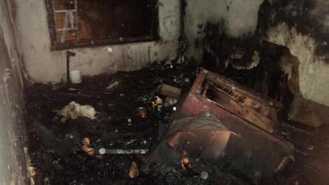 В Казани в пятиэтажке произошло серьезное возгорание