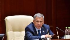 Минниханов предложил ввести курсы по развитию племенного дела для чиновников