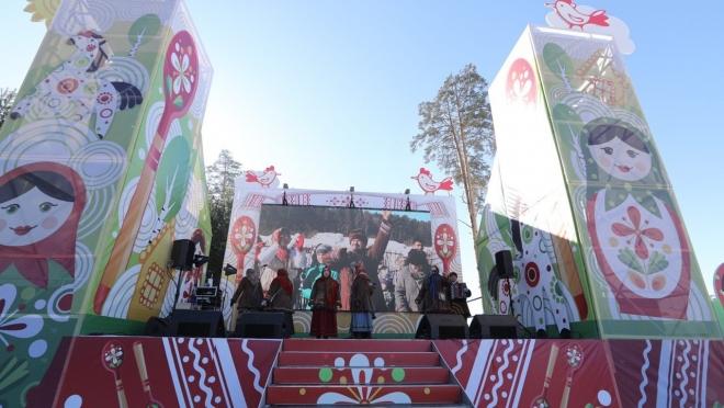 На озере Лебяжье Масленицу посетили тысячи казанцев